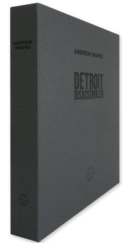9788862081405: Andrew Moore: Detroit Disassembled: Limited Edition