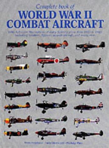 9788880956884: Complete Book of World War II Combat Aircraft