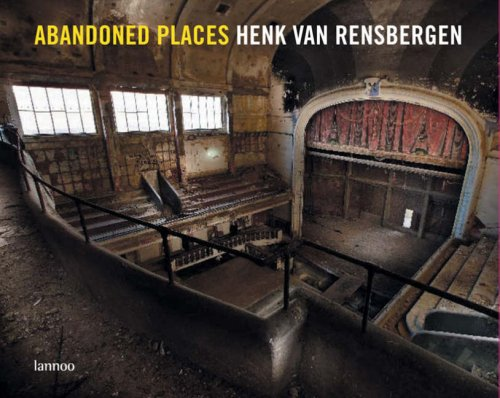 9789020970302: Abandoned Places (English and Dutch Edition)