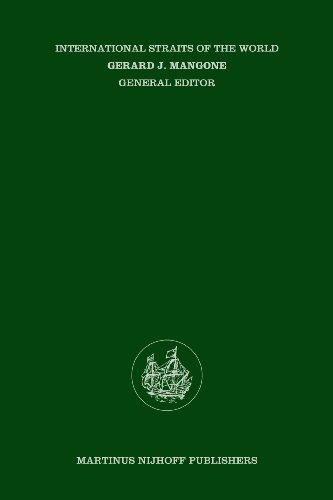 9789024729791: The Northeast Passage:Arctic Straits (International Straits of the World)
