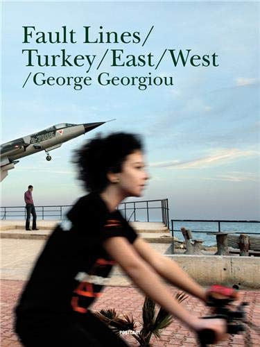 9789053307151: George Georgiou: Fault Lines: Turkey from East to West