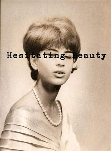 9789053307762: Hesitating Beauty