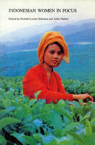 9789067180474: Indonesian Women in Focus (Verhandelingen Van Het Koninklijk Instituut Voor Taal-, Land- En Volkenkunde)
