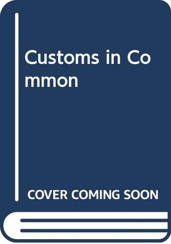 9789350024522: Customs in Common