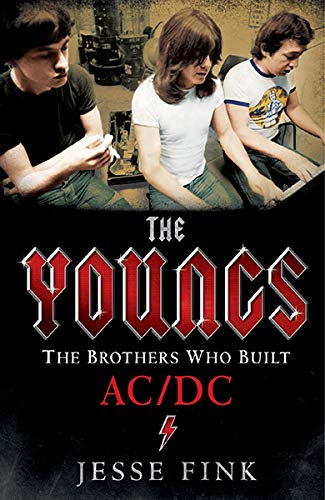 9789351770992: The Youngs: The Brothers Who Built AC/DC