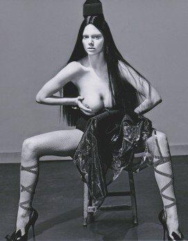 9789505059232: Kendall Jenner con 25,4 cm de 20,32 cm de fotos de madera de