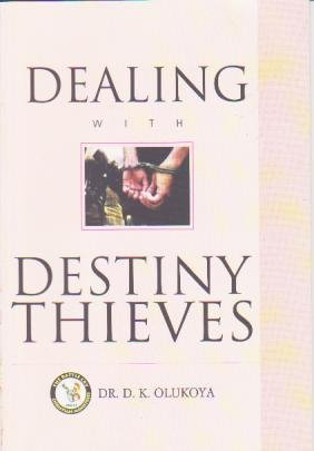 9789788424635: Dealing with Destiny Thieves