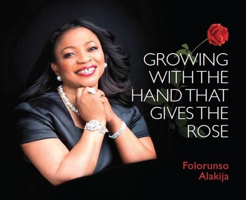 9789789155293: Growing with the Hand That Gives the Rose: 1