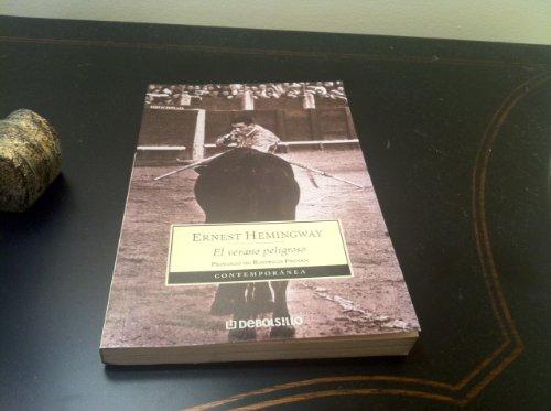 9789875660908: El Verano Peligroso / the Dangerous Summer (Spanish Edition)