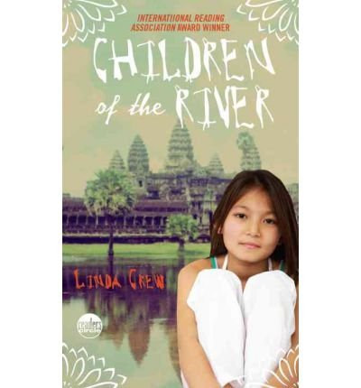 9789993901013: Children of the River