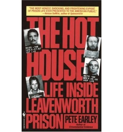 9789995531164: The Hot House: Life Inside Leavenworth Prison