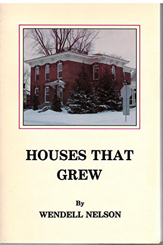 9789995741396: Houses That Grew: A Guide to Old House of Stevens Point