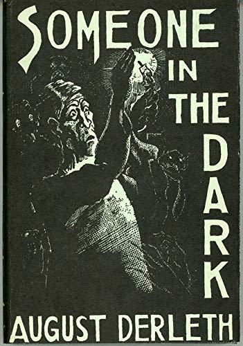 9789997540089: Someone in the Dark