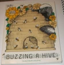 9789998153882: Buzzing a Hive (Great Explorations in Math and Science, Grades 1-3)