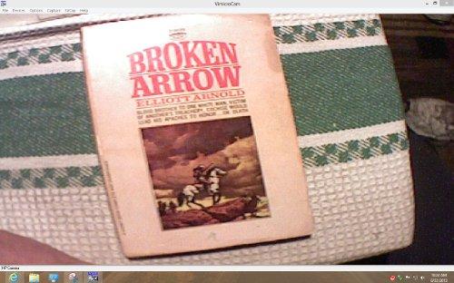 9789998439894: Broken Arrow