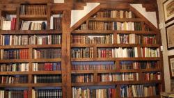 Escalinata, librería